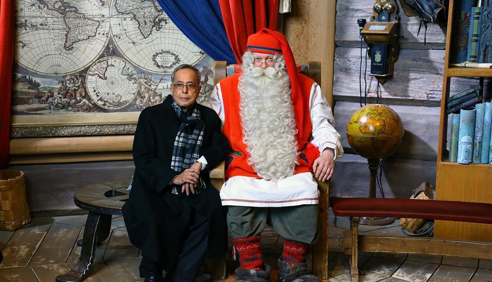 indian-president-visits-santa